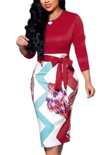 Осеннее профессиональное платье-миди с принтом и поясом