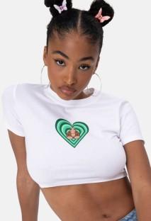 Белая рубашка с круглым вырезом с короткими рукавами и летним принтом, укороченный топ