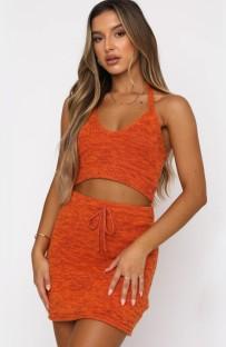 Осенний повседневный вязаный кроп-топ оранжевого цвета с завязками на шее и комплект мини-юбки