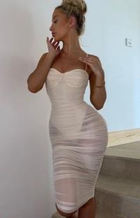 Летнее белое сексуальное платье миди со сборками и прозрачными бретелями