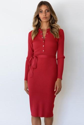 Herfst elegante rode gebreide midi-jurk met lange mouwen en knoopsluiting met riem