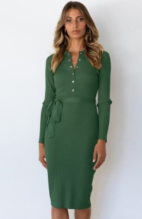 Otoño elegante vestido a media pierna de punto verde de manga larga con cinturón