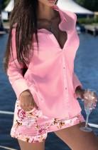 Conjunto de camisa de manga larga rosa otoñal y pantalón corto floral