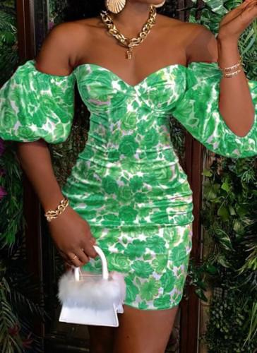 Mini-robe à épaules dénudées avec imprimé vert d'été et manches bouffantes