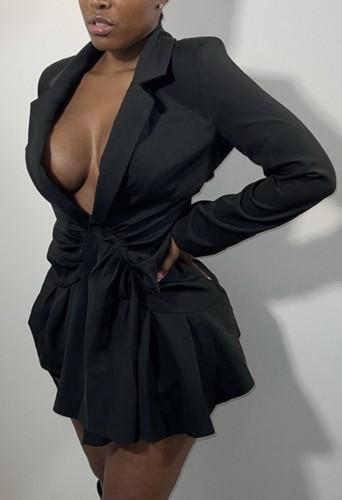 Mini-robe à volants à manches longues et col tailleur noir d'automne