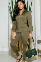 Conjunto de blusa de manga larga y pantalón pitillo verde otoñal