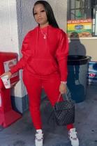 Set di pantaloni e top con maniche a sbuffo con felpe rosse casual autunnali