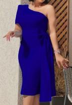 Vestido de cóctel a media pierna de un hombro azul formal de otoño