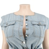 Ärmelloser Sommer-Jeansoverall in Übergröße mit Gürtel