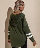 Herbst-beiläufiges grünes V-Ausschnitt-Kapuzenshirt mit seitlichem Schlitz