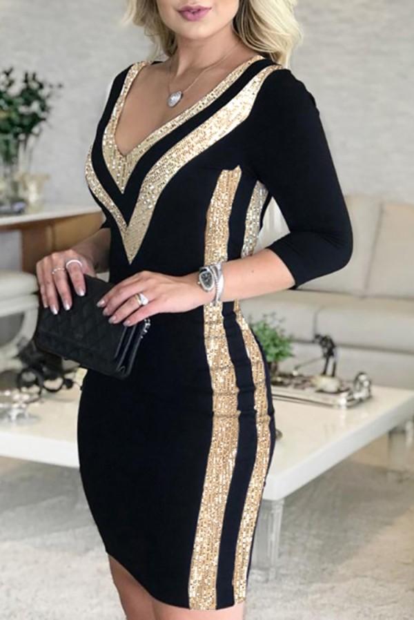 Herbstliches Partykleid mit Pailletten in Gold und Schwarz mit V-Ausschnitt