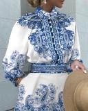 Herbstblau bedrucktes, geknöpftes Langarm-Oberteil und Shorts-Set