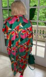 Herbstgrün bedrucktes, langärmliges, lockeres Blusenkleid mit Knöpfen