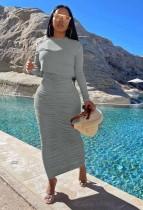 Conjunto de falda larga con pliegues y top de manga larga gris puro de otoño