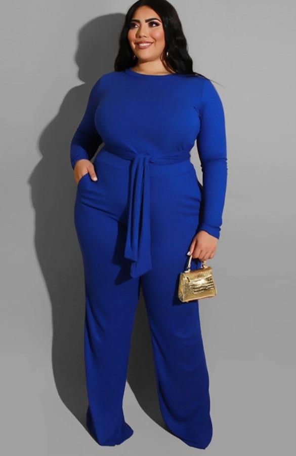 Herbst-Set in Übergröße in Blau mit langen Ärmeln, langem Oberteil und Hose mit Gürtel