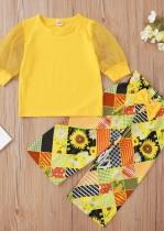 Set di pantaloni a due pezzi gialli con stampa autunnale per bambina