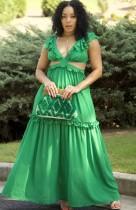 Vestido largo de volantes sin mangas con cuello en V verde de verano