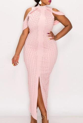 Vestido de noite de luxo rosa com frisado recortado na frente do ombro e fenda na frente