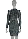Herbst Plus Size – Schwarzes, figurbetontes Kleid mit langen Ärmeln