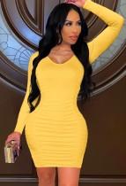 Vestido ajustado de manga larga con cuello en U amarillo sexy de otoño
