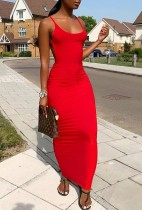 Vestido largo de verano rojo resbalón