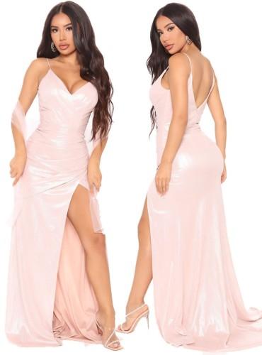 秋のピンクの光沢のあるVネックノースリーブスプリットイブニングドレス