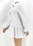 Vestido de camisa corta con volantes de cuello vuelto blanco casual de otoño