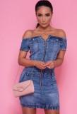 Mini vestido de mezclilla de mezclilla con hombros descubiertos y cremallera de verano