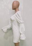 Minivestido cuadrado de manga abullonada vintage blanco de otoño
