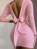 Minivestido de punto atado con espalda en V rosa otoñal