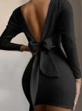Minivestido de punto atado con espalda en V negro de otoño