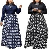 Vestido largo largo con estampado de mujeres maduras de otoño con cinturón