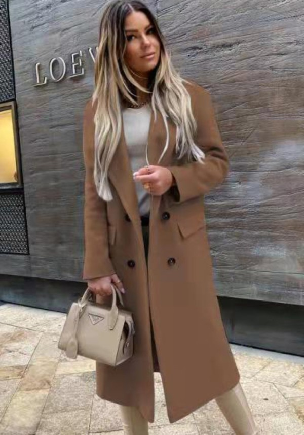 Chaqueta larga con cuello de cobertura marrón elegante de invierno con mangas completas