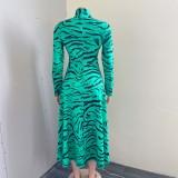 Herbst Cyan Tiger Stripe Stehkragen Aushöhlen Volle Ärmel A-Linie Langes Kleid