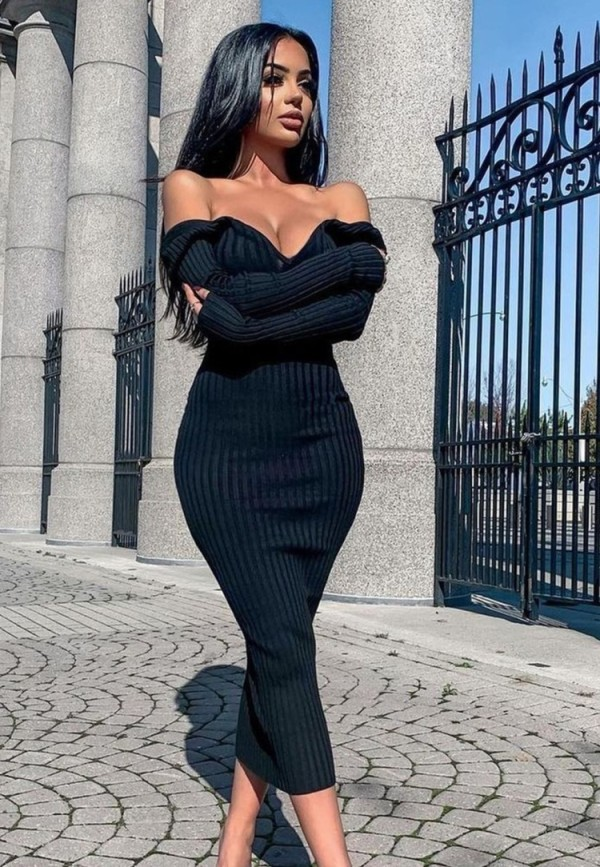 Winter Schwarzes Strickkleid mit V-Ausschnitt, langes, figurbetontes Kleid