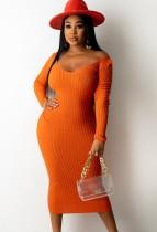 Vestido ajustado largo con cuello en V de punto naranja de invierno