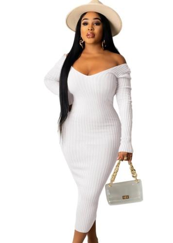 Vestido longo bodycon de tricô branco inverno com decote em V