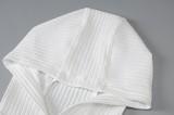 Herbst kausales weißes, langärmliges, figurbetontes Kleid mit Kapuze