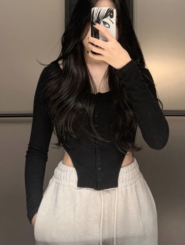 Otoño elegante blusa corta de manga larga negra con botones abiertos
