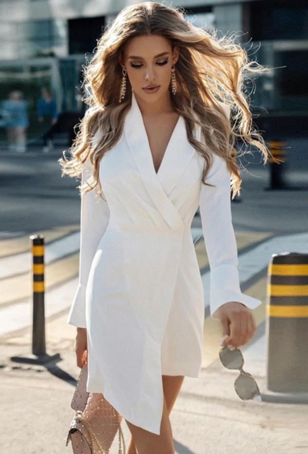 Otoño elegante vestido blanco de manga larga con cuello cruzado y chaqueta Irregualr