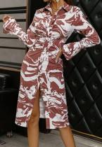 Vestido midi de manga larga con botones y cuello vuelto con estampado elegante de otoño