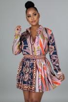 Conjunto de falda plisada y blusa de manga larga retro con estampado de otoño