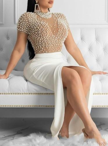 Herbst formales weißes Perlen-Kurzarm-Abendkleid mit Schlitz