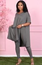 Herbst beiläufiges graues geschlitztes V-Ausschnitt loses Hemd und passendes Legging-Set
