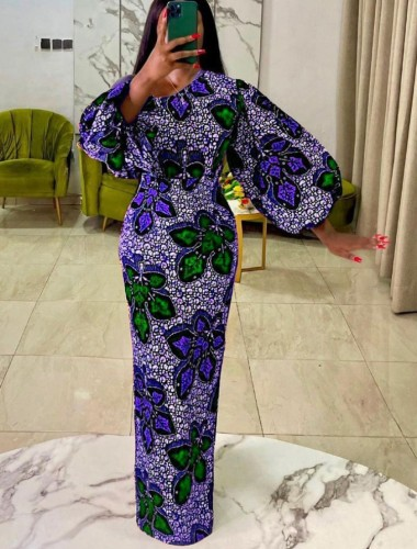 Vestido de noche largo con manga abullonada y estampado formal de invierno