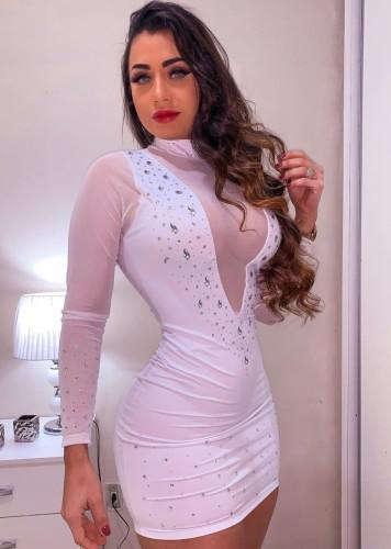 Mini vestido ajustado de cristal con parche de malla blanca de otoño
