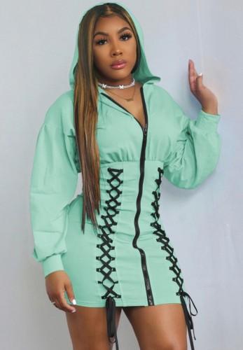 Sonbahar Yeşil Bağcıklı Fermuarlı Uzun Kollu Kapüşonlu Günlük Elbise