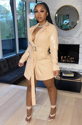 Vestido de chaqueta Llong de cuero PU de albaricoque de moda de otoño con cinturón