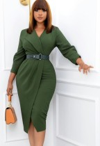 Vestido de trabajo a media pierna con cuello en V verde liso liso de otoño