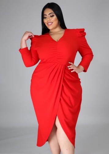 秋のプラスサイズの赤いVネックラップ裾不規則なパーティードレス